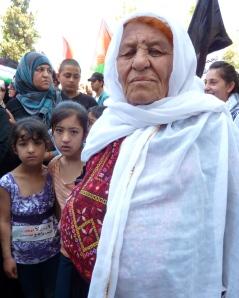 Palæstinensiske kvinde i optog gennem Ramallah på 64. 'Nakba' dag, den 15. maj 2012